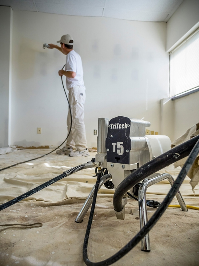 TriTech T5 Electric Airless Sprayer Outfit